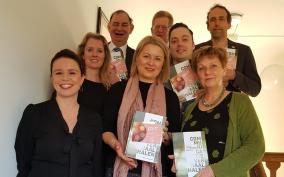 Wethouders Jeugd krijgen Galjaardboek